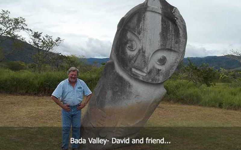 David Hatcher Childress next to statue in Bada Valley