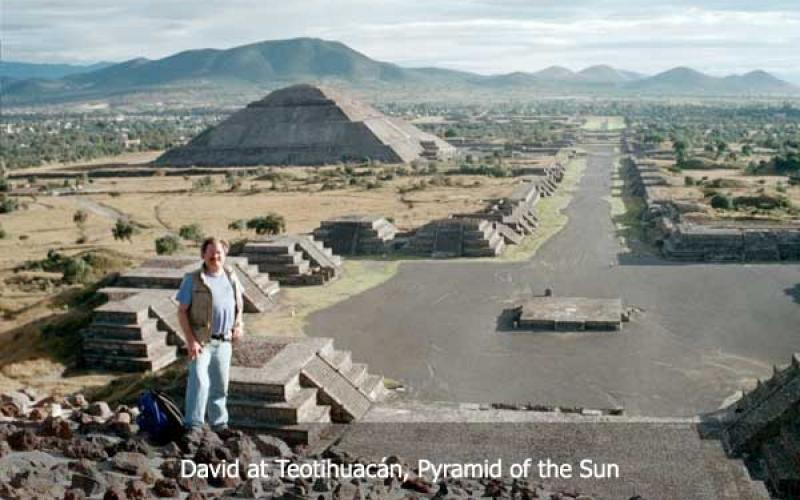 David Hatcher Childress at the Teotihuacan Pyramid